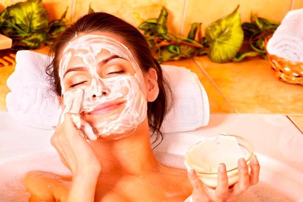 Увлажняющие маски для лица в домашних условиях для сухой кожи: проверенные рецепты